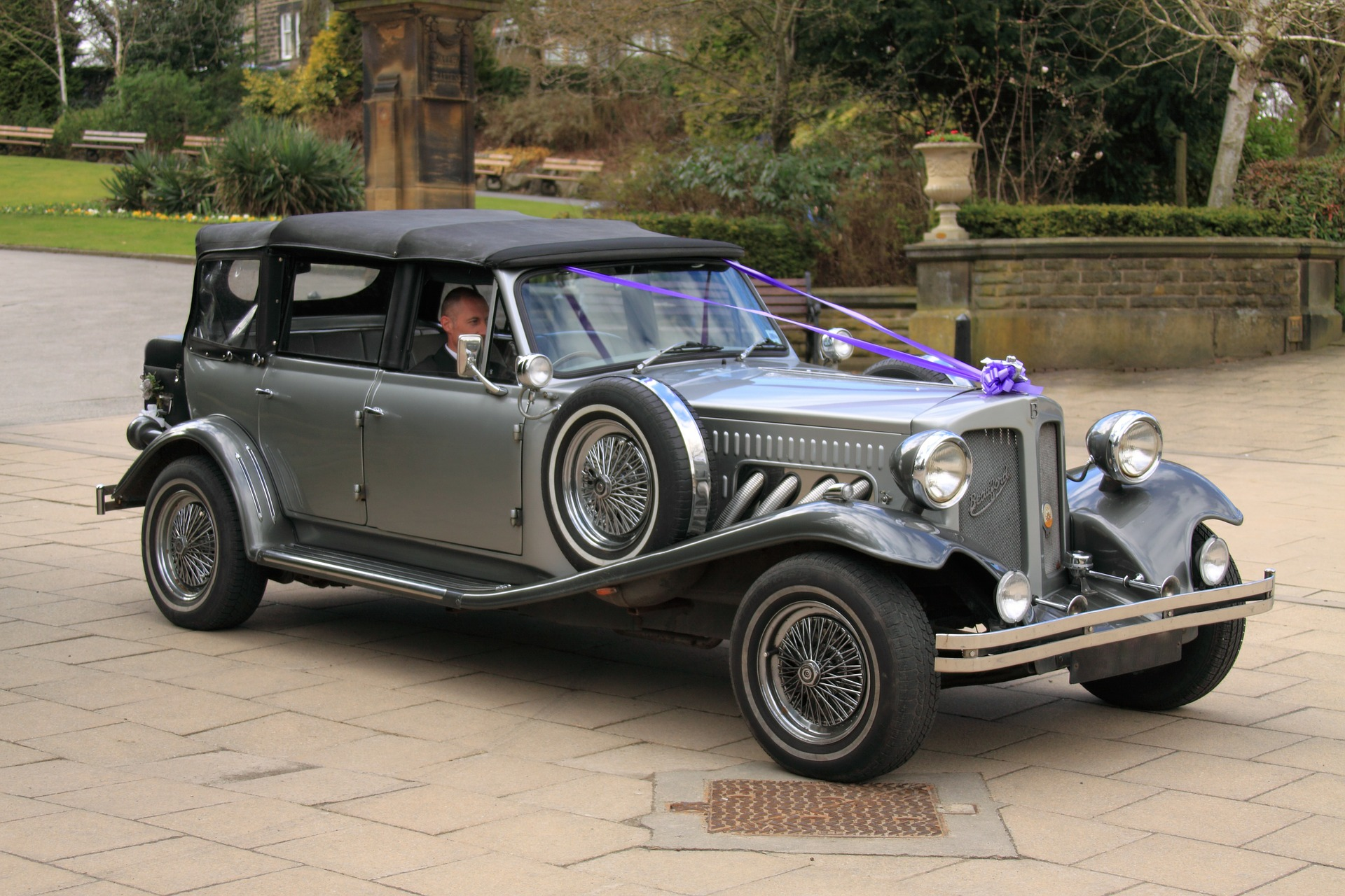 Insurance for the Wedding Chauffeur