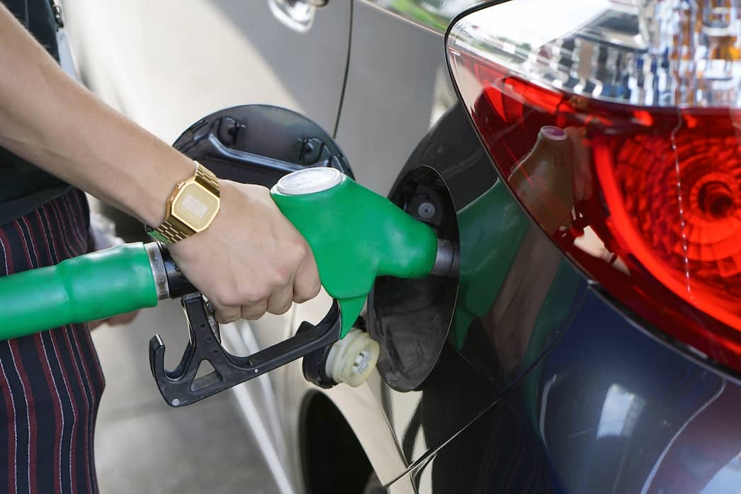 8 tips for saving money on petrol this year